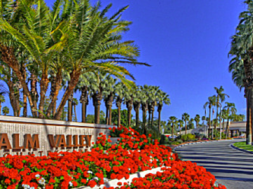 Palm Valley Country Club community
