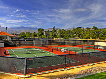 Silver Sands Racquet Club community